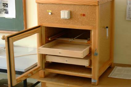 der bau eines brutkastens. Black Bedroom Furniture Sets. Home Design Ideas